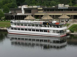 Muskoka Cruise Boat
